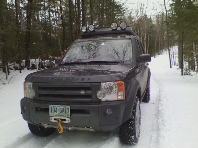 Name:  LR3 in the snow.jpg Views: 360 Size:  88.8 KB